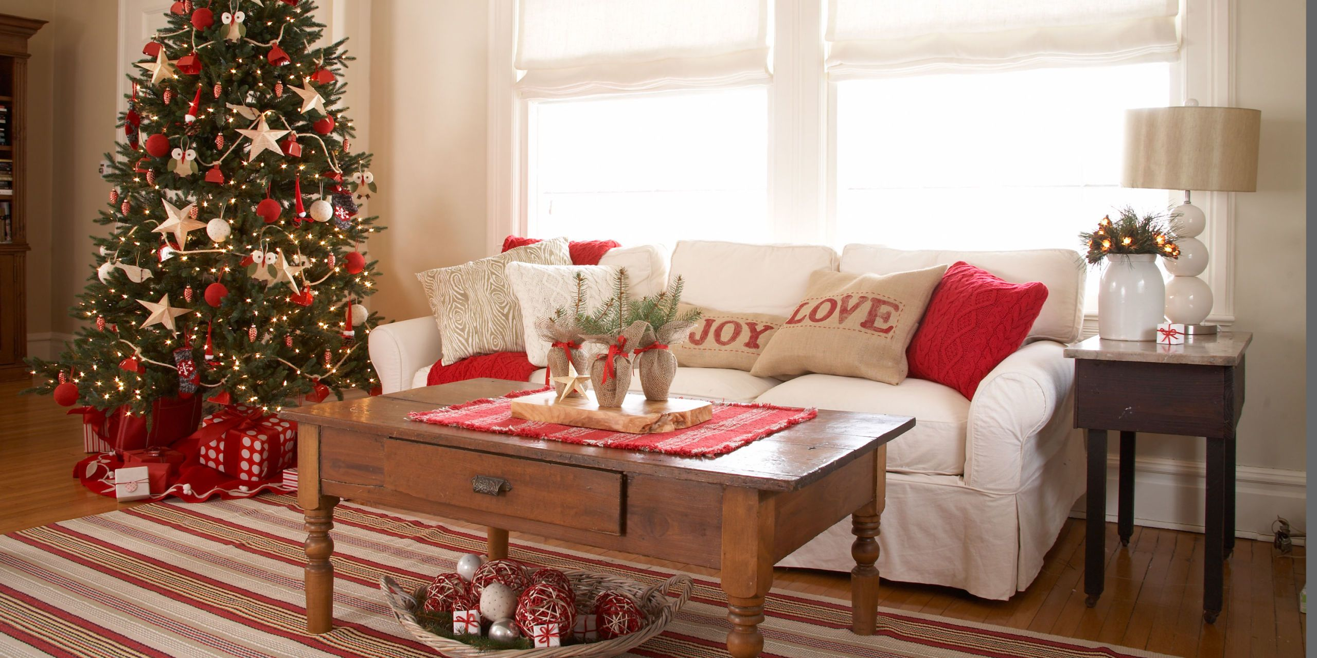 image & 47 Easy DIY Christmas Decorations - Homemade Ideas for Holiday ...