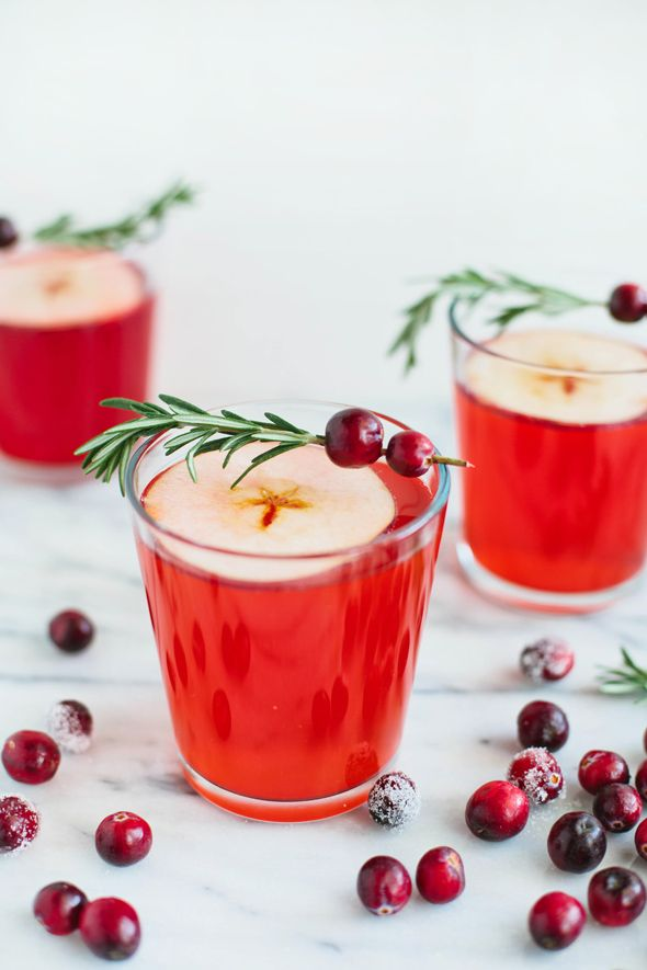 Christmas Drinks Cranberry-Apple Cider Punch