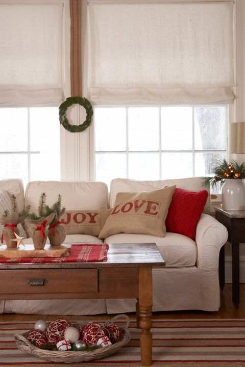 Ah The Holidays When 15 Minutes Before Guests Arrive You Re Frantically Hiding Piles Of Clutter In Every Available Nook Stop Madness And Take A