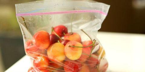 Produce, Food, Ingredient, Vegetable, Sweetness, Fruit, Food storage containers, Fruit salad, Salad, Natural foods,