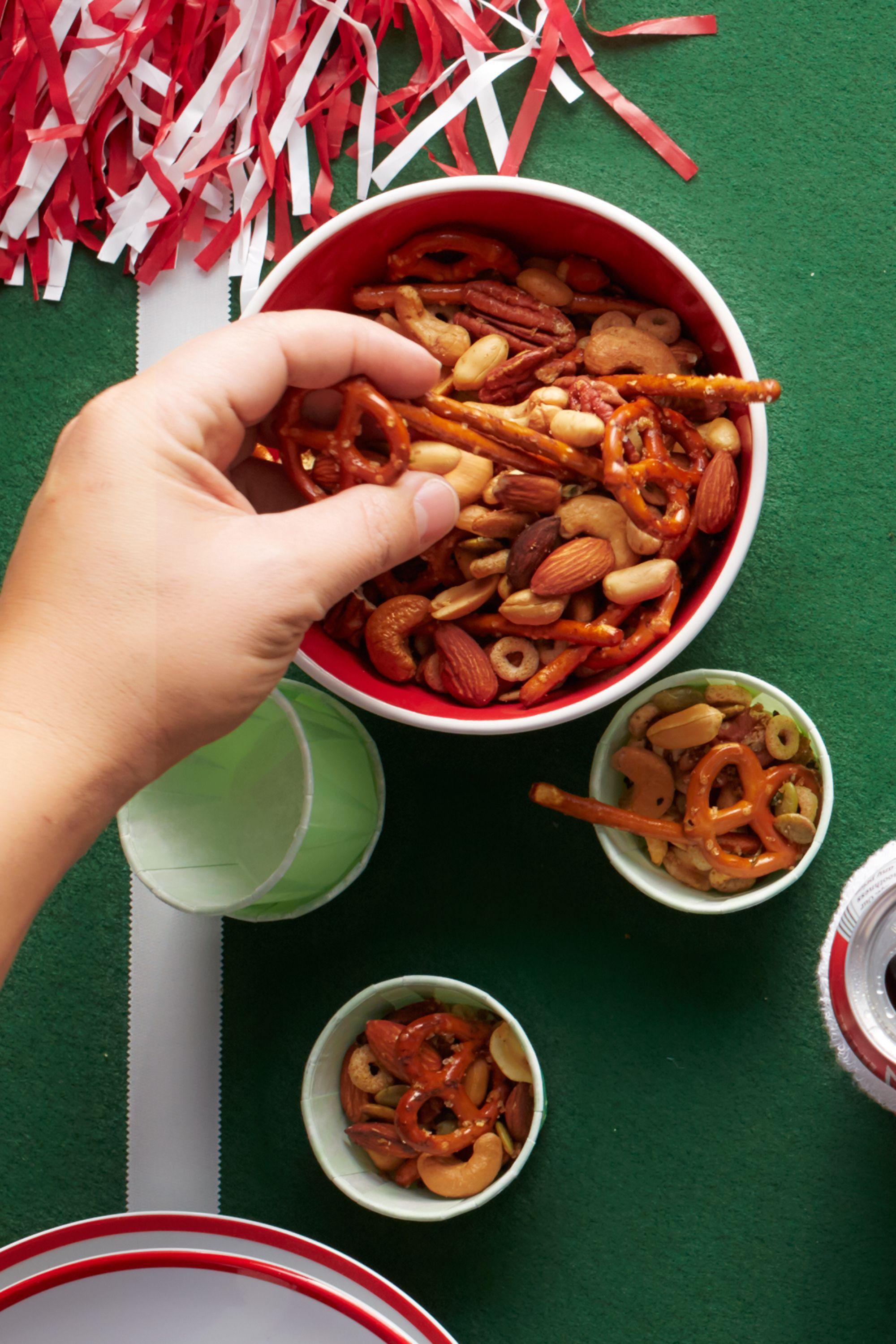 45 super bowl snack recipes - football party food ideas