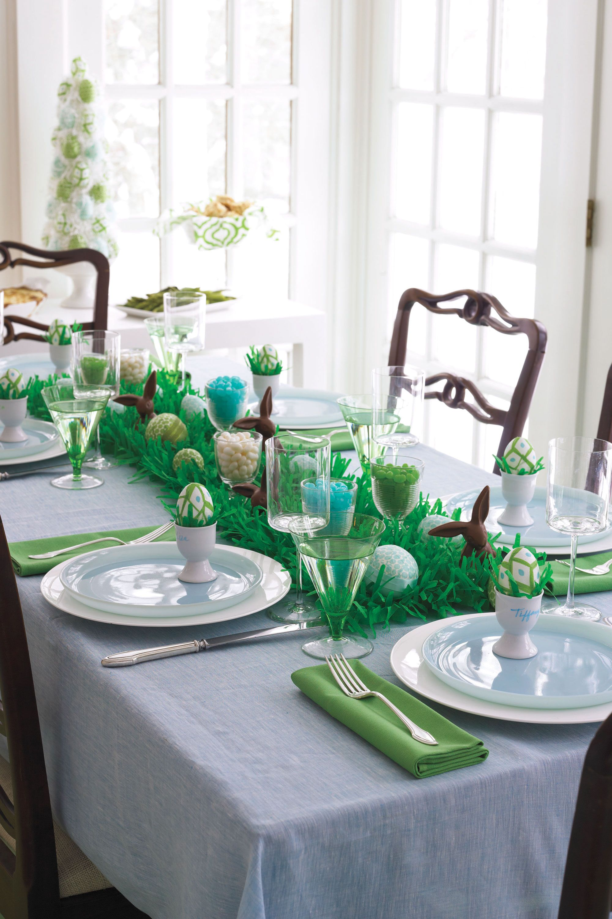 & 24 Easter Table Decorations - Table Decor Ideas for Easter Brunch