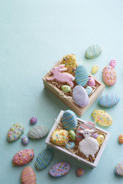 mini vanilla egg cakes - easter cakes