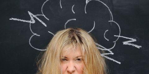 Hairstyle, Chin, Forehead, Eyebrow, Eyelash, Organ, Blond, Brown hair, Long hair, Chalk,