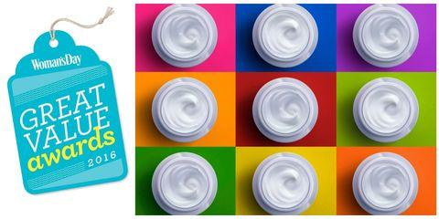 Colorfulness, Circle, Aqua, Plastic, Tin, Silver, Label, Camera accessory,