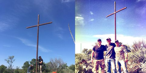 Nature, Sky, Daytime, Cross, People in nature, Symbol, Summer, Sunlight, Pole, Holiday,