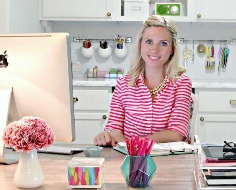 Pink, Major appliance, Centrepiece, Bouquet, Home appliance, Interior design, Artificial flower, Flower Arranging, Kitchen appliance, Refrigerator,