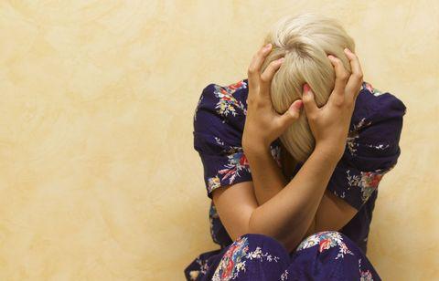 Elbow, Wrist, Interaction, Back, Hug, Blond, Love, Hair coloring, Kneeling, Bracelet,