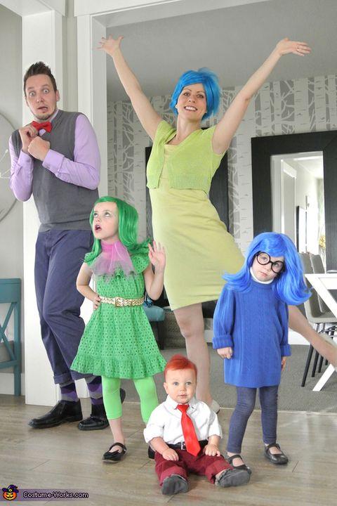 1f50e04e8edf 40 Best Family Halloween Costumes 2018 - Cute Ideas for Themed ...