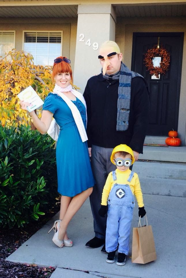 Halloween Costume Ideas For Family Of 3.57 Family Halloween Costumes Addams Family Flintstones And More