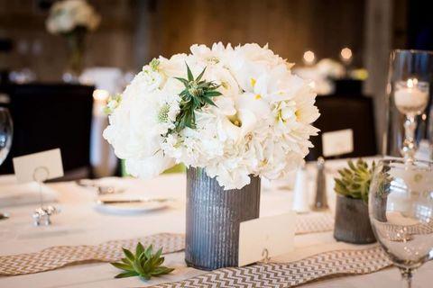 Drinkware, Stemware, Glass, Petal, Bouquet, Barware, Flower, Wine glass, Tablecloth, Centrepiece,