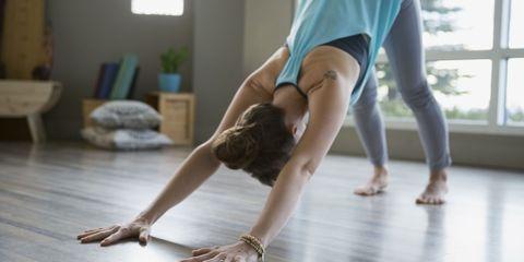 Leg, Wood, Floor, Flooring, Human leg, Shoulder, Joint, Elbow, Wrist, Performing arts,