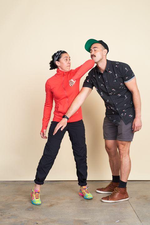 Clothing, Leg, Sleeve, Shoe, Trousers, Shirt, Textile, Standing, Outerwear, T-shirt,