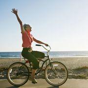 Tire, Wheel, Bicycle wheel rim, Bicycle tire, Bicycle wheel, Bicycle frame, Bicycle, Bicycle fork, Bicycle handlebar, Bicycle accessory,