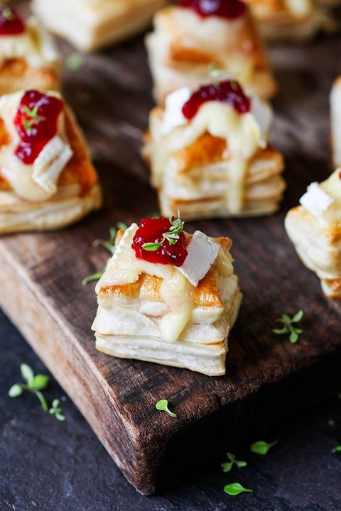 christmas appetizers cranberry and brie bites - Simple Christmas Appetizers