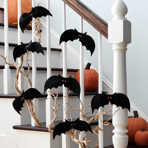 easy halloween decorations bat colony