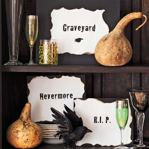 Creative Halloween Decorations Indoor.51 Diy Halloween Decorations How To Make Halloween Decorations