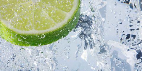 Liquid, Fluid, Green, Fruit, Citrus, Lemon, Drop, Natural foods, Seedless fruit, Produce,