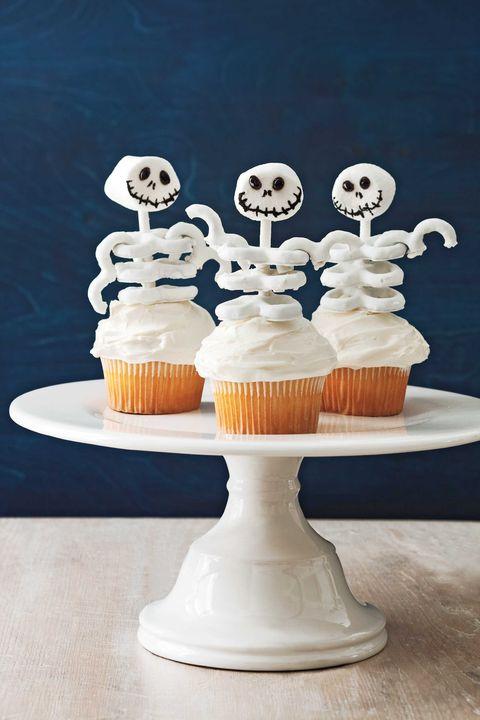 35 halloween cupcakes recipes for halloween cupcakes - Halloween decorations for cupcakes ...