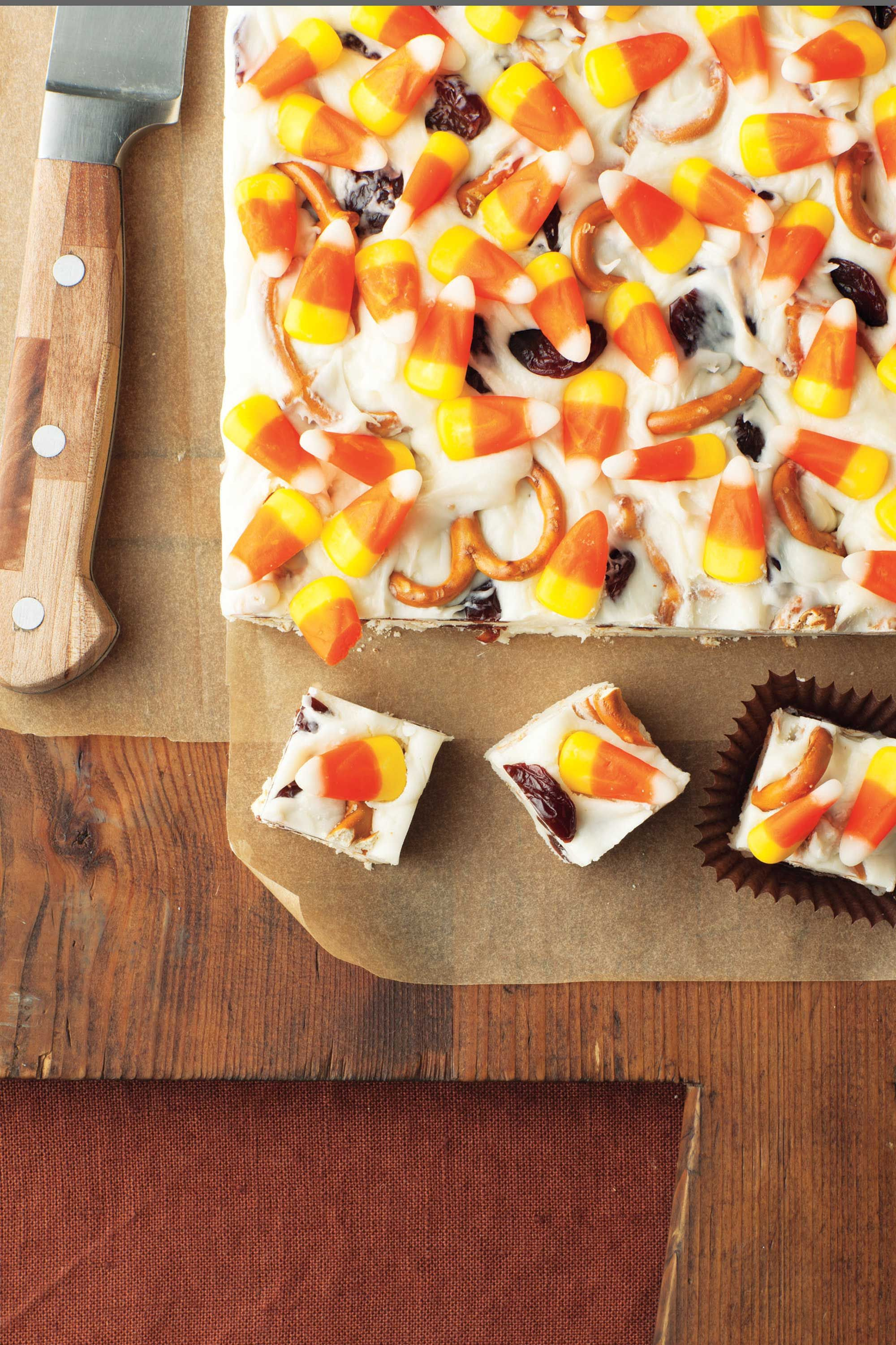 40 easy halloween treats - fun ideas for halloween treat recipes