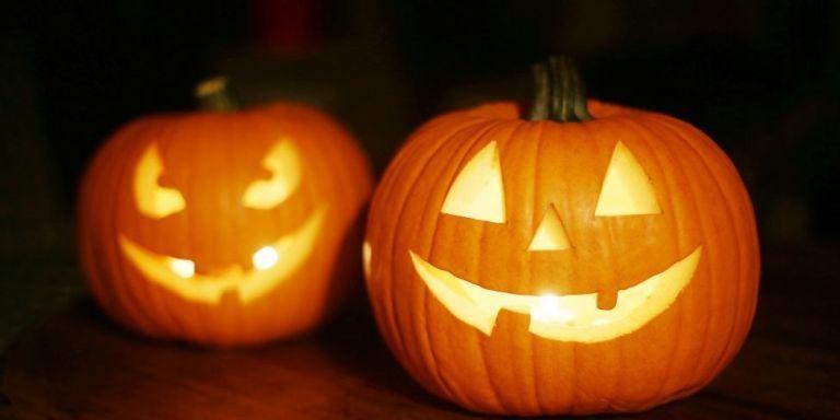 18 Fun Halloween Trivia & Facts - Interesting Halloween Stats