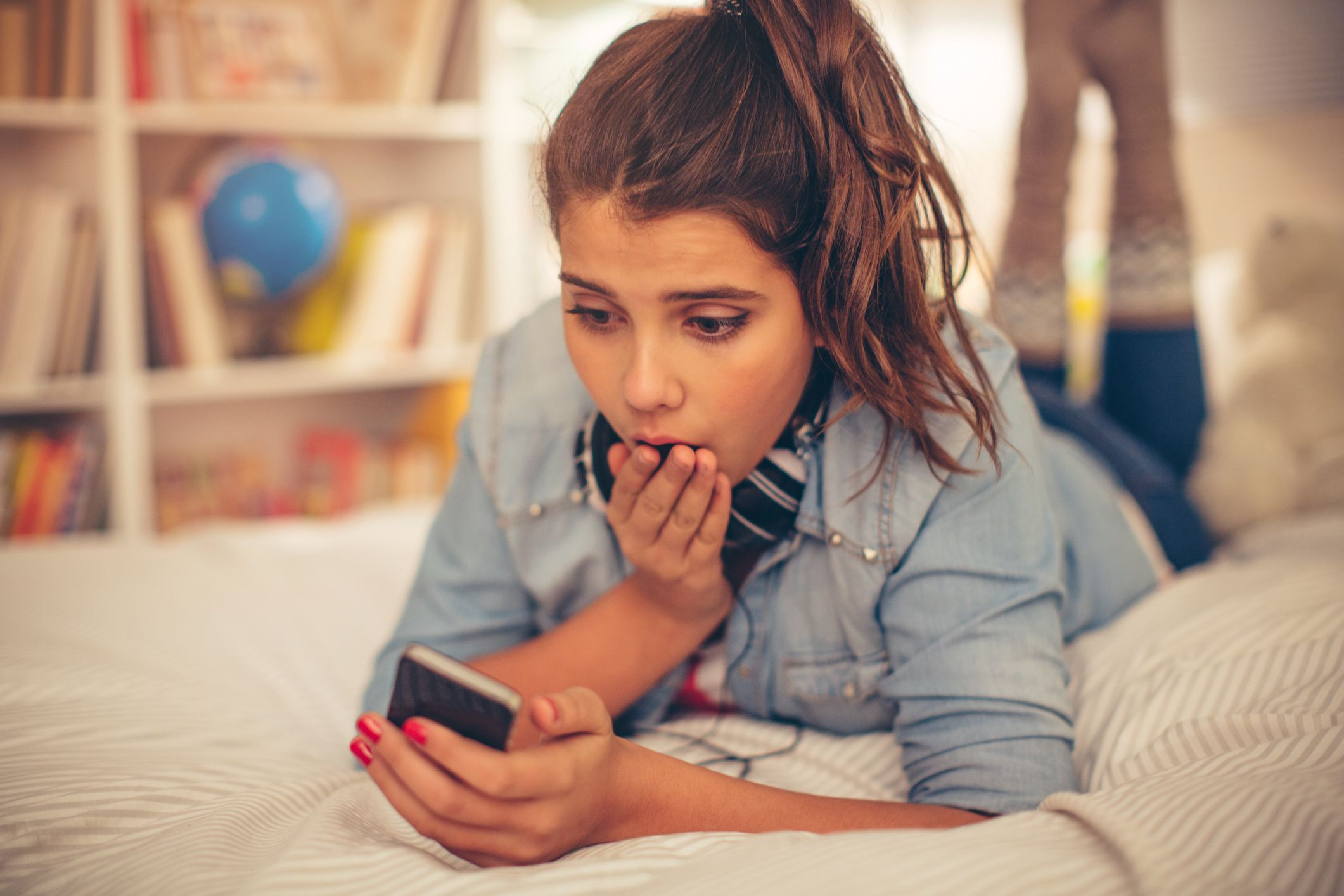 7 Things Your Teen Wishes Youd Stop Doing on Social Media Immediately