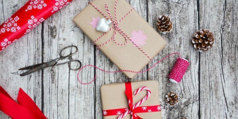 50+ Genius Organizing Tips for a No-Fuss Christmas