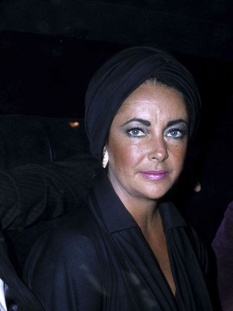 Nose, Lip, Eyebrow, Eyelash, Earrings, Makeover, Wrinkle, Eye liner, Portrait photography, Portrait,