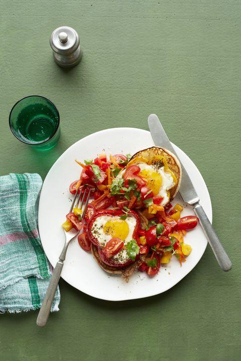 egg pepper rings with carrot salsa