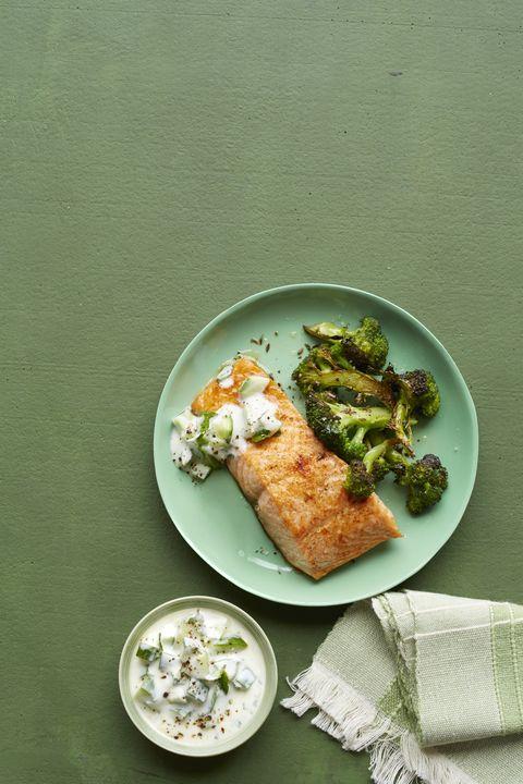 spicy salmon with yogurt sauce and roasted broccoli