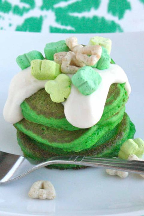 St. Patrick's Day Recipes - Green Velvet Pancakes