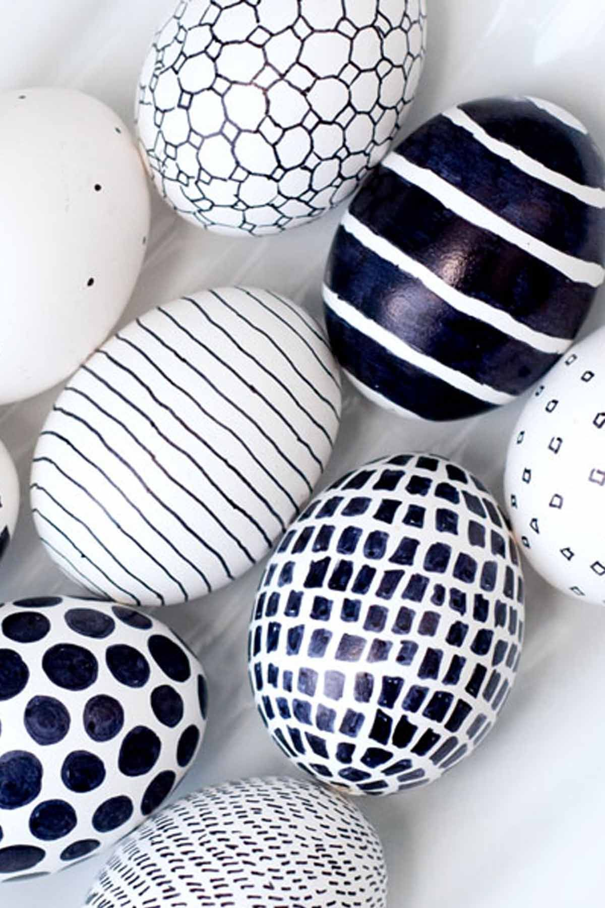 52 Cool Easter Egg Decorating Ideas - Creative Designs for Easter Eggs