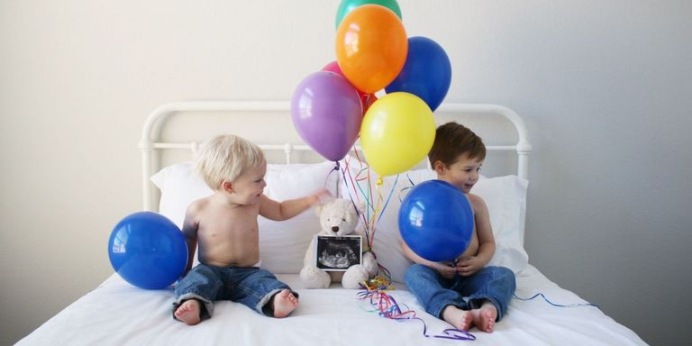 10 Uplifting Rainbow Pregnancy Announcements - How to ...