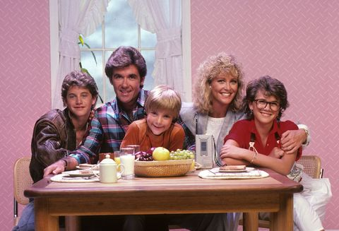 growing pains show family at table