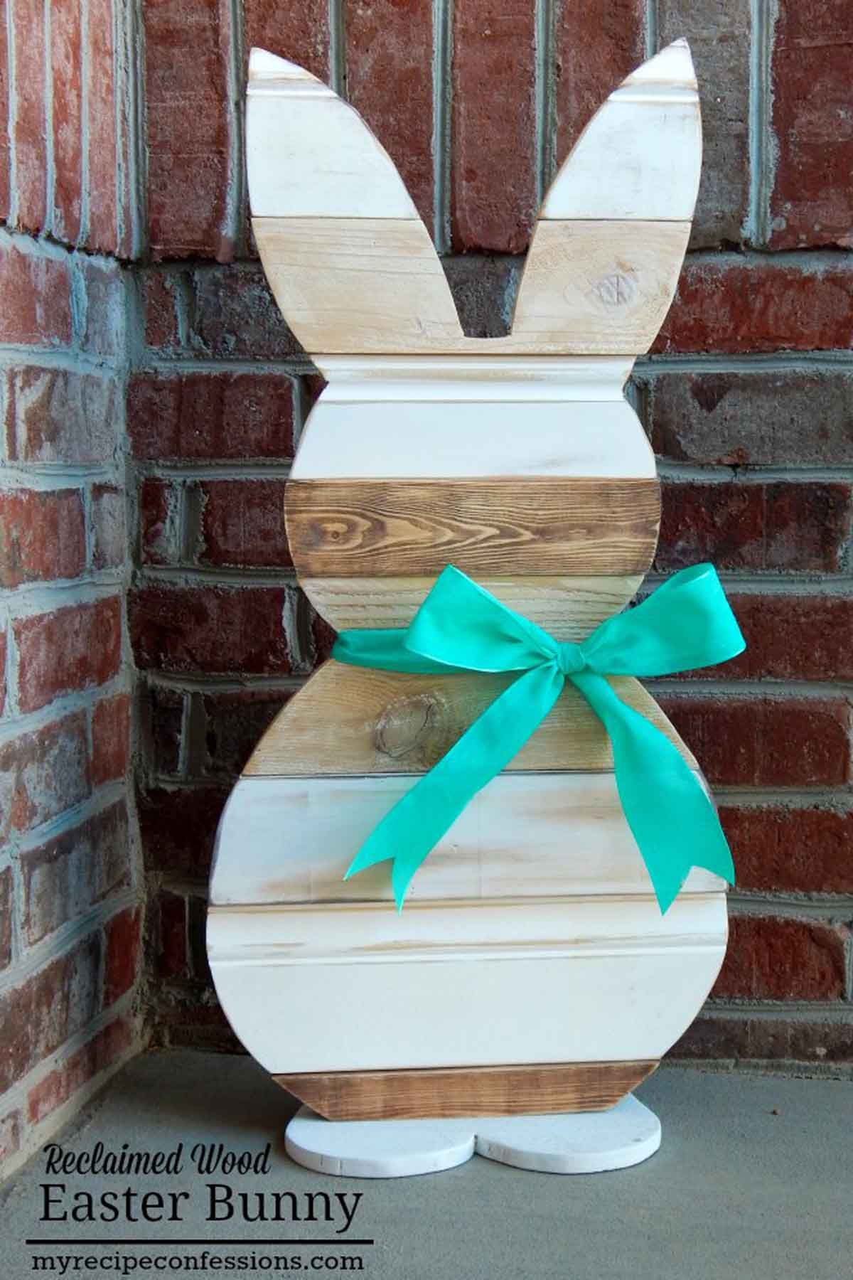 Easter DIY decorations - Reclaimed Wood Bunny