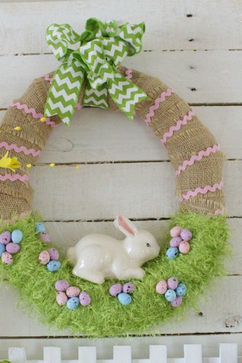 20 Diy Easter Wreaths To Make This Spring Homemade Easter Door
