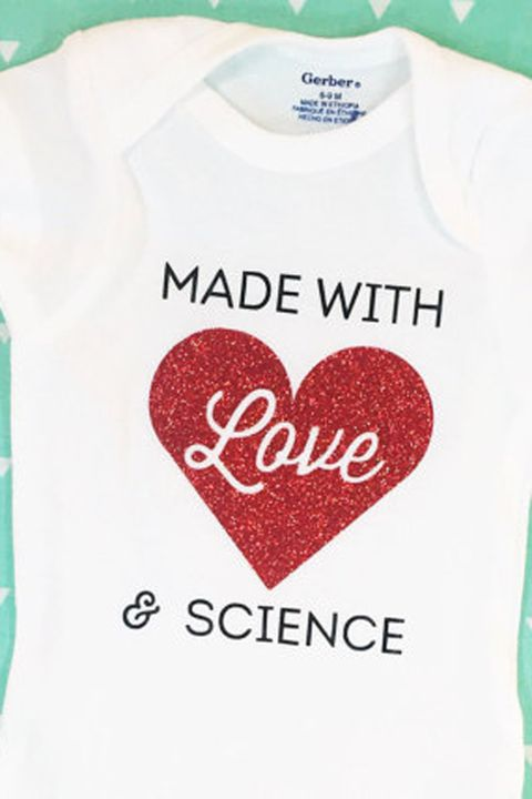 Sleeve, Green, Text, Red, White, Baby & toddler clothing, Font, Carmine, Heart, Aqua,