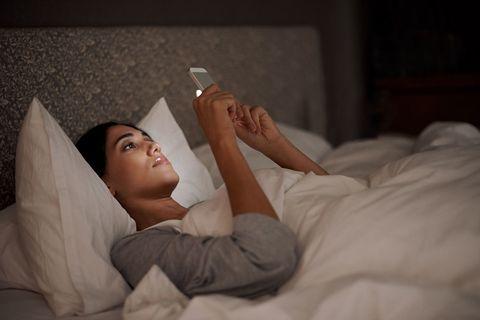 Finger, Comfort, Hand, Elbow, Wrist, Linens, Bedding, Bed sheet, Blanket, Bedroom,