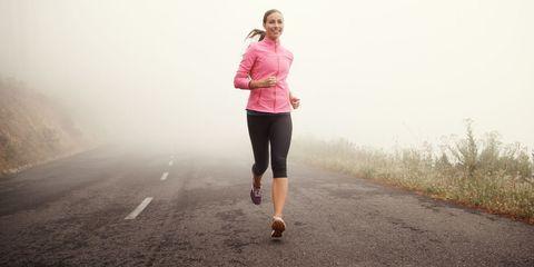 Atmospheric phenomenon, Running, Jogging, Pink, Outdoor recreation, Recreation, Fog, Morning, Outerwear, Mist,
