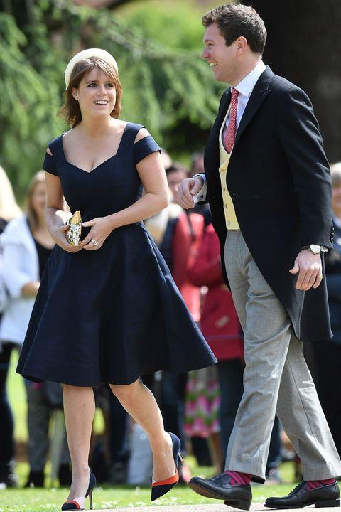 Dress, Event, Formal wear, Ceremony, Fashion, Suit, Footwear, Wedding, Recreation, Gown,