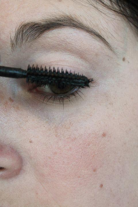 Eyebrow, Face, Eyelash, Skin, Eye, Mascara, Cheek, Cosmetics, Head, Eye liner,
