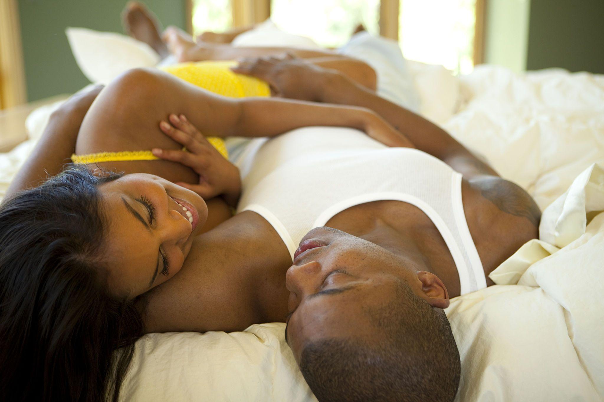 عادت های مهم زوج های بسیار داغ و رومانتیک - رابطه جنسی و مسائل زناشویی