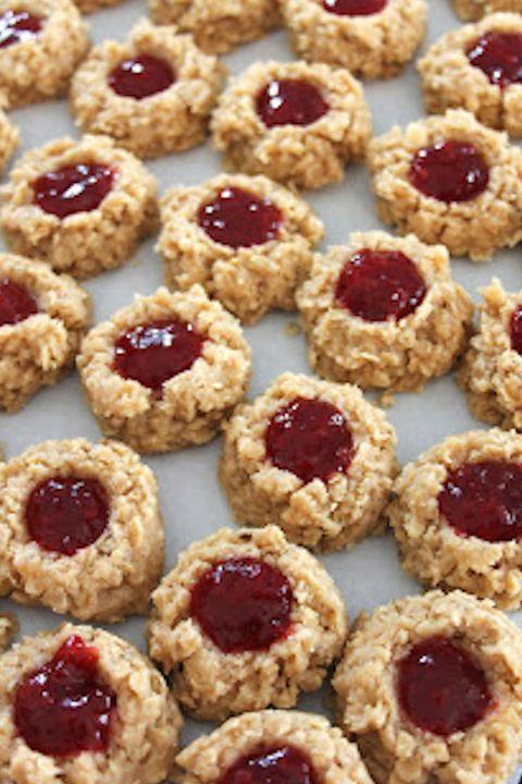 13 No Bake Cookies