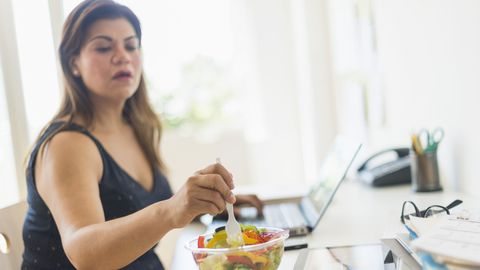 30 Best Ways to Lose Weight for Women Over 30 - Losing Weight After 40