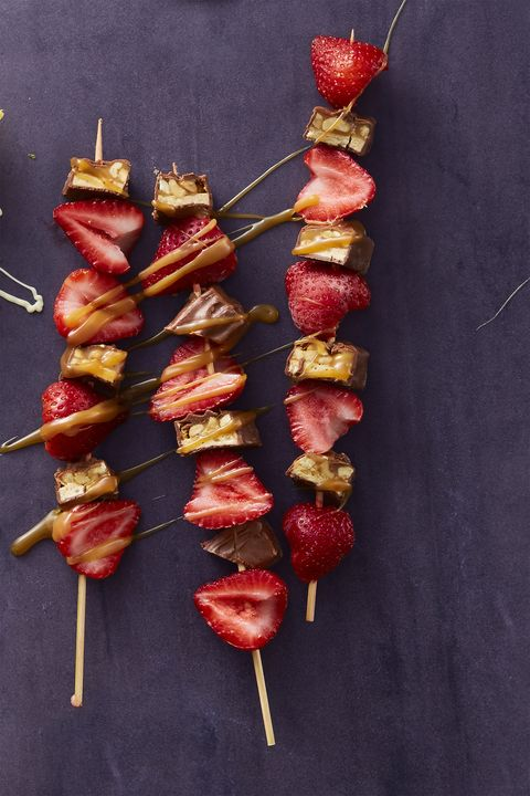 4th of july desserts   strawberry and snickers sticks