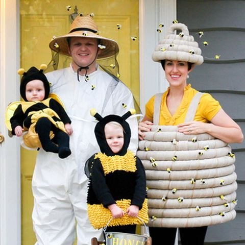 49a0ac6e193b6 40 Best Family Halloween Costumes 2018 - Cute Ideas for Themed ...