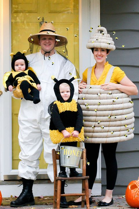 beekeeper and bees family halloween costumes