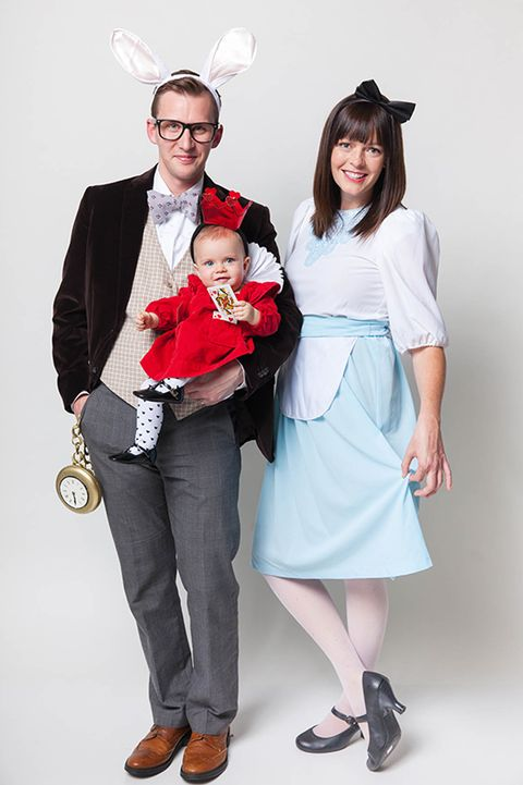 30 best family halloween costumes 2018 cute ideas for themed halloween family costumes solutioingenieria Images