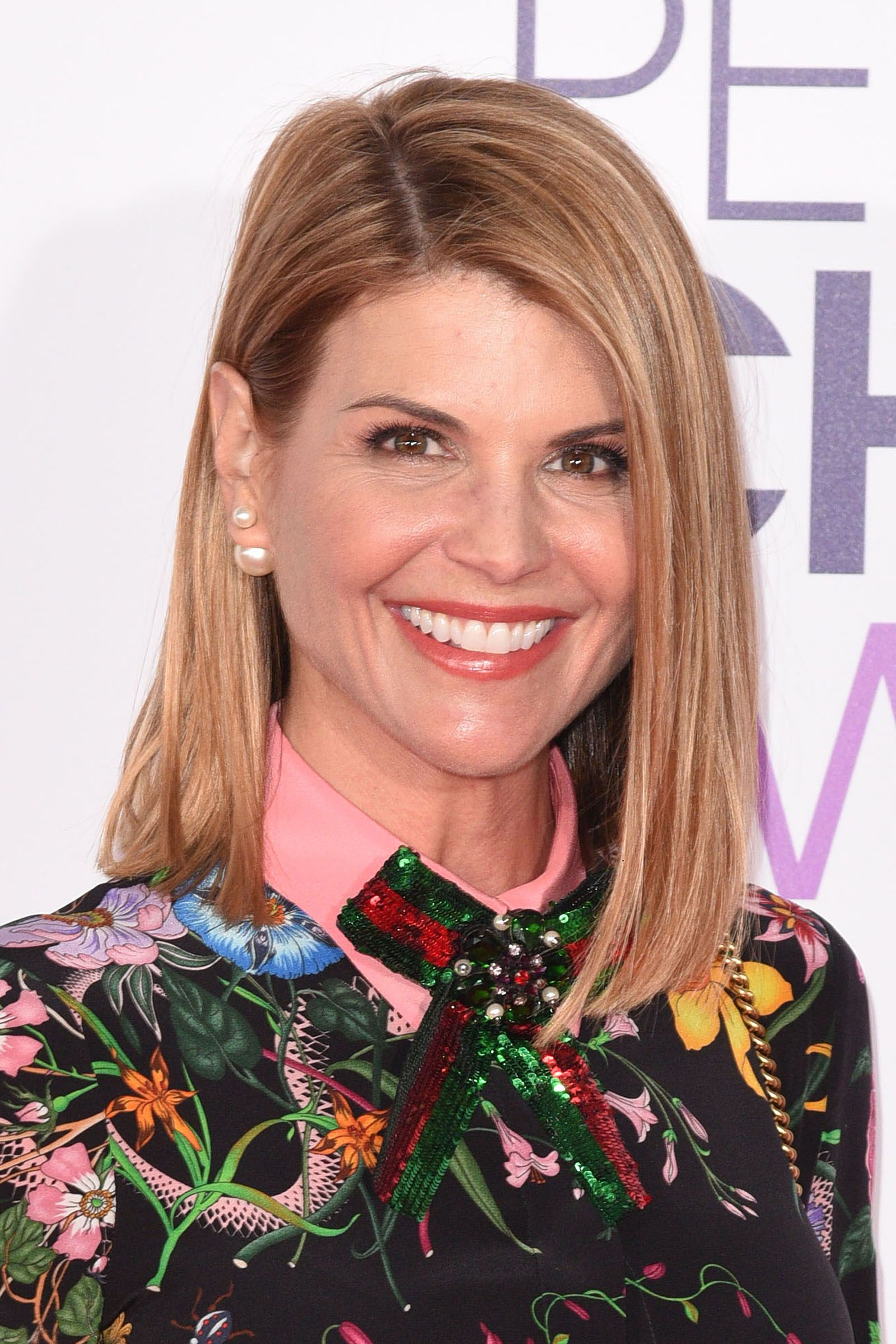 hairstyles for women over 50 Lori Loughlin's Straight Lob