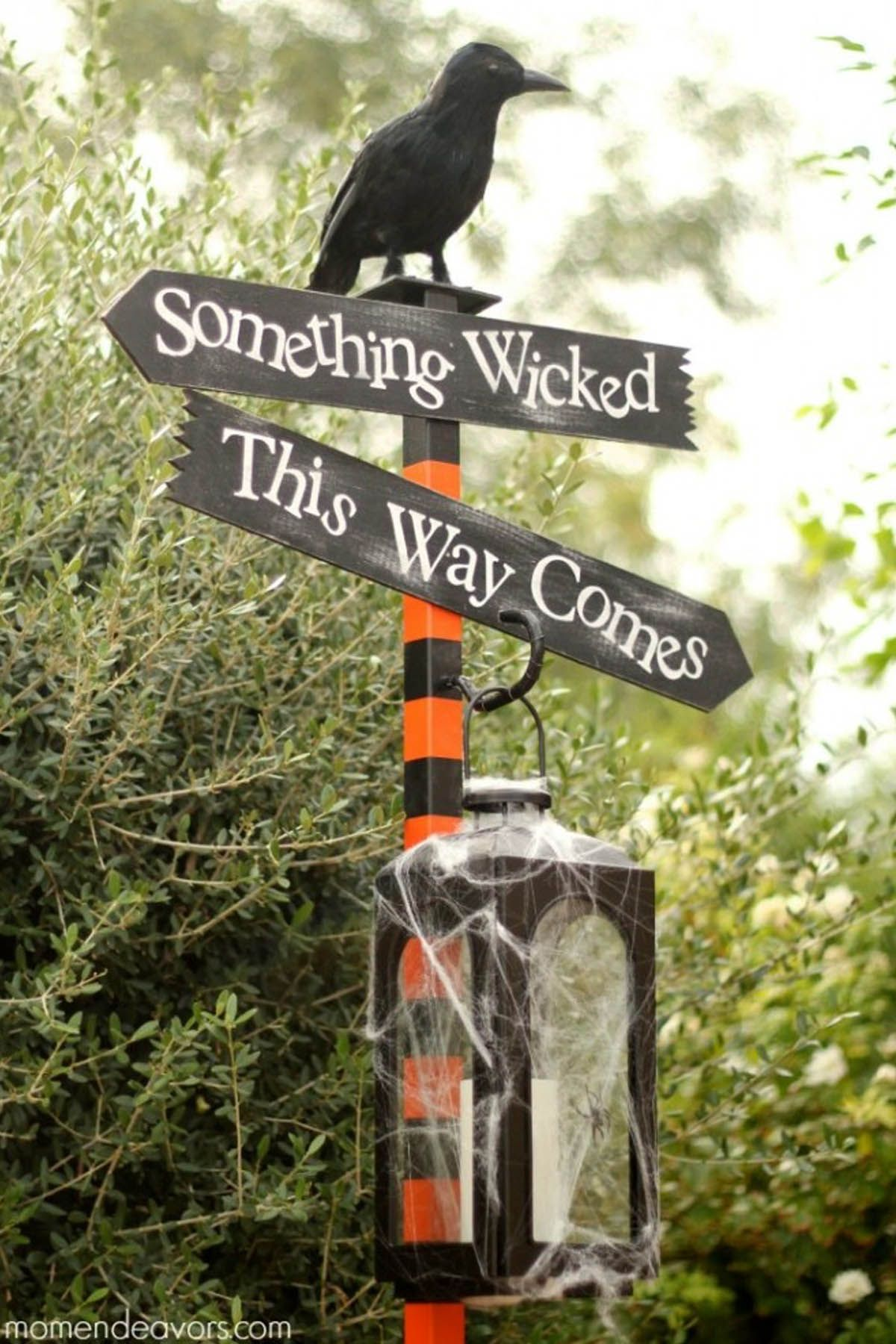 38 Scary Outdoor Halloween Decorations - Best Yard and Porch